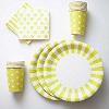 бумажные тарелки, салфетки